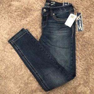 NWT Seven 7 skinny jeans